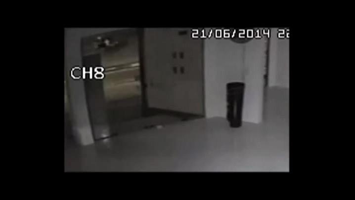Imagens de câmeras de segurança mostram Tamara entrando em um carro
