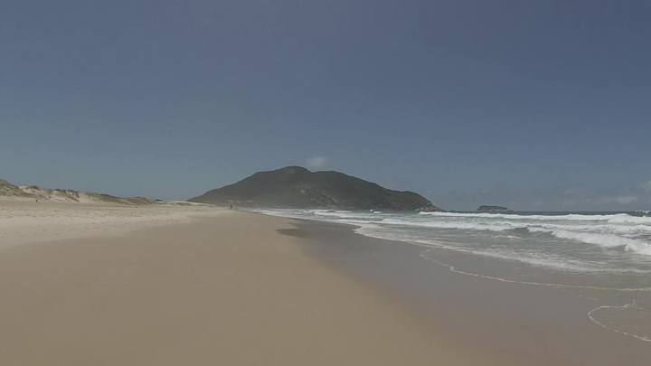Bike Repórter – A Praia do Santinho é o paraíso