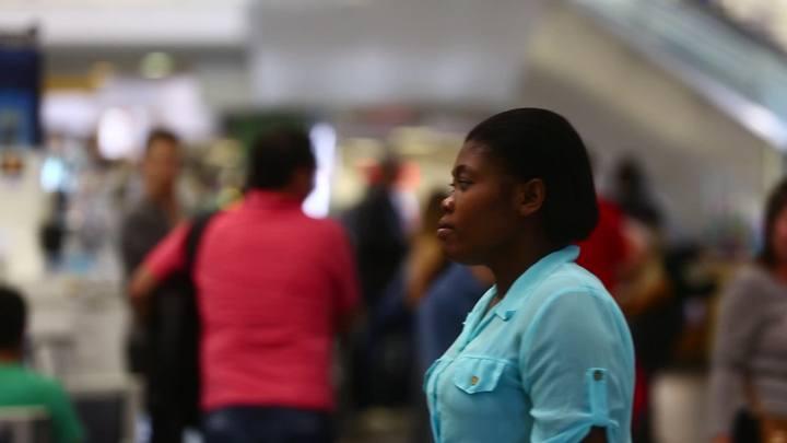 Após dois anos morando no Brasil, haitiana reencontra sua filha