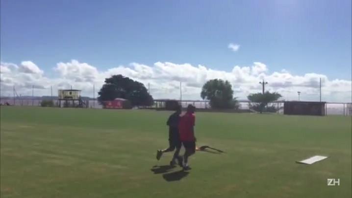 William treina separado do grupo do Inter
