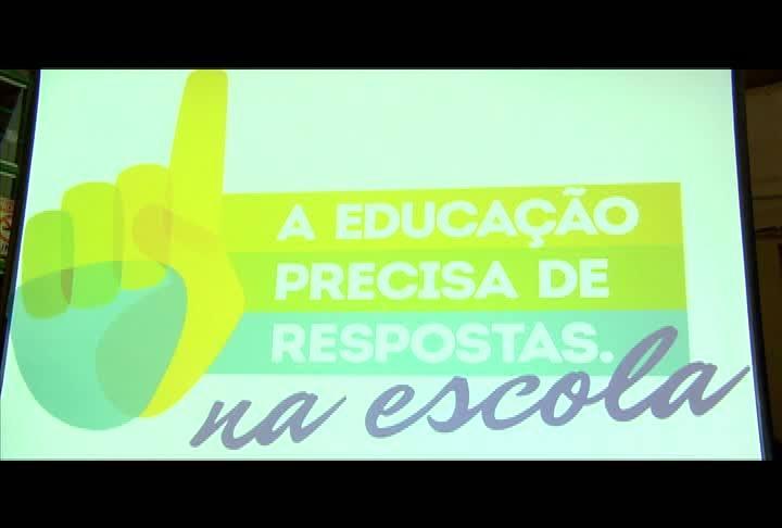 Campanha A Educação Precisa de Respostas movimenta escola da Capital