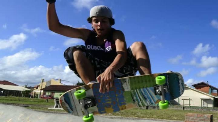 Pista para prática de skate é novidade em Rainha do Mar