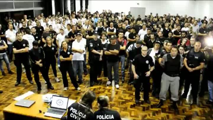 Início da operação da Polícia Civil que prendeu 41 suspeitos de homicídio