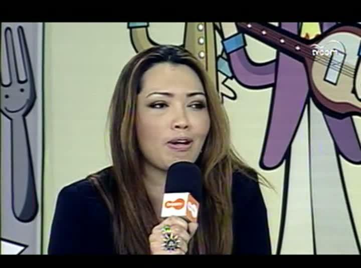 TVCOM Tudo Mais –Cantora Karina– 1º Bloco – 13-08-2013