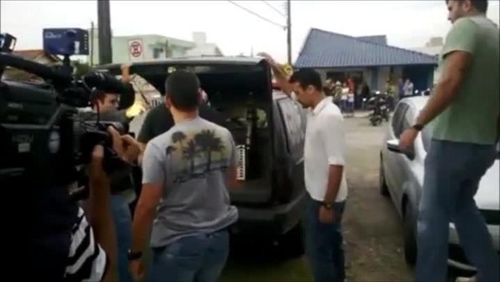 Emílio da Silva Sores se apresentou à Polícia Civil