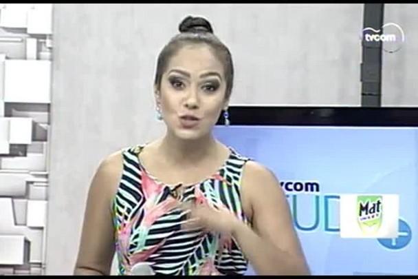 TVCOM Tudo+ - Rainha da Escola Dascuia ensina a sambar com glamour - 12.02.15