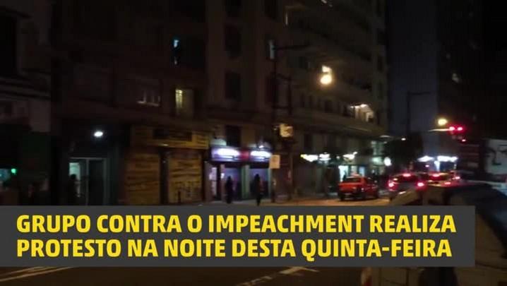 Veja imagens do protesto contra o impeachment em Porto Alegre