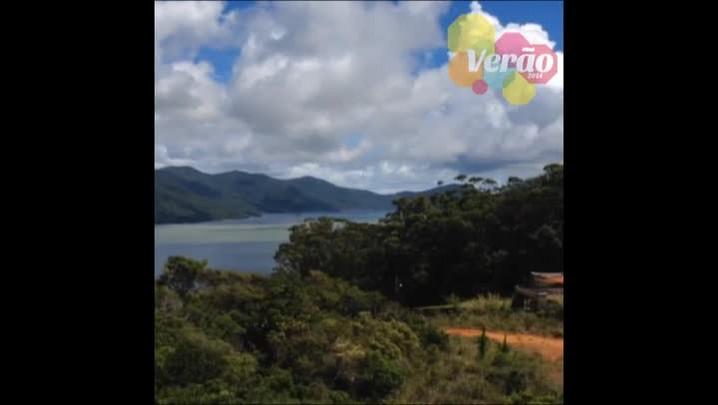 Panorâmica do Morro da Mole, em Florianópolis. Sexta-feira, 20 de dezembro, véspera do início do verão, brinda catarinense com sol e temperatura agradável