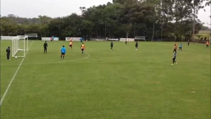 Grêmio treina em Florianópolis para enfrentar a Chapecoense. 10/05/2014