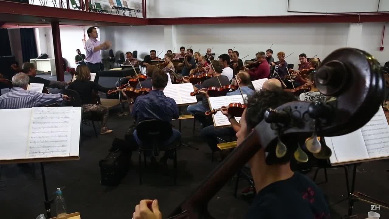 Ospa ensaia obra de Beethoven