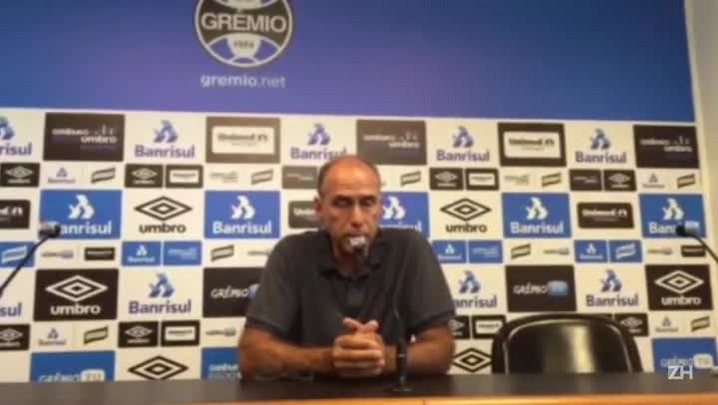 Médico do Grêmio fala sobre fratura e recuperação de Bolaños