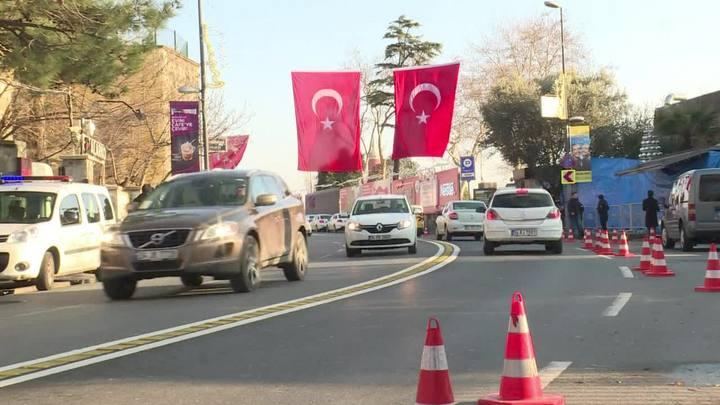 Sobreviventes descrevem cenas de horror em Istambul