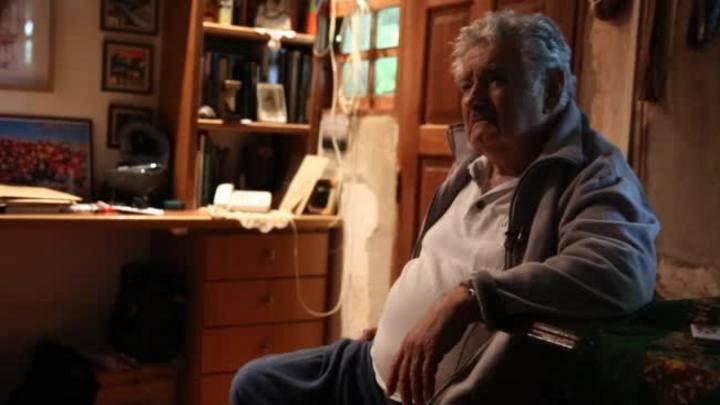 Entrevista completa: Pepe Mujica fala sobre a regulamentação da maconha no Uruguai