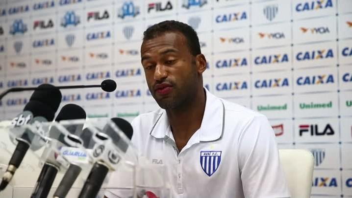 Emerson Nunes diz que não pensava em deixar o Avaí antes de ser demitido