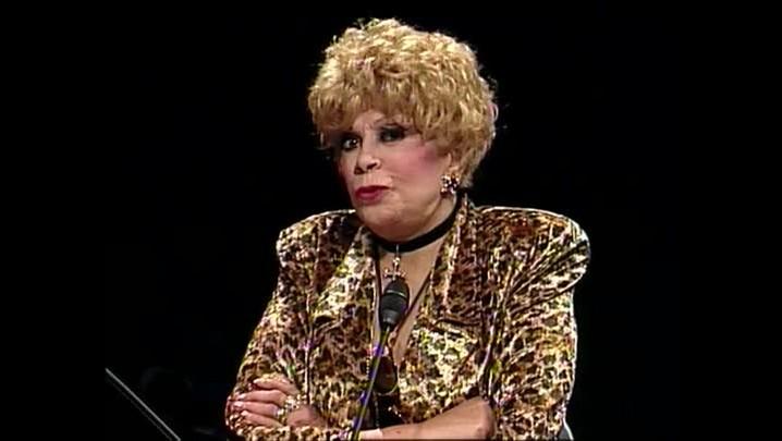 Dercy Gonçalves – Sobre a personagem Dercy – Entrevista concedida à TVCOM em 1996
