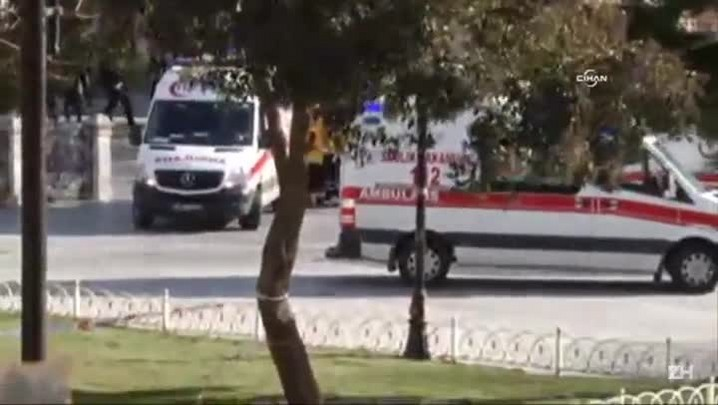 Explosão deixa pelo menos 10 mortos em Istambul