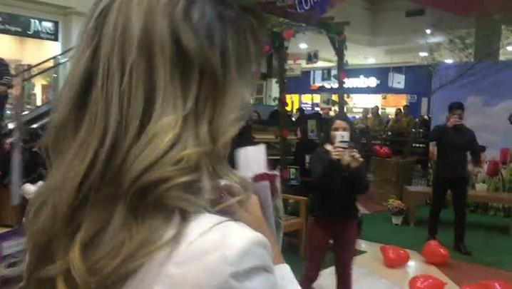 Pedido público de casamento em shopping de Santa Maria