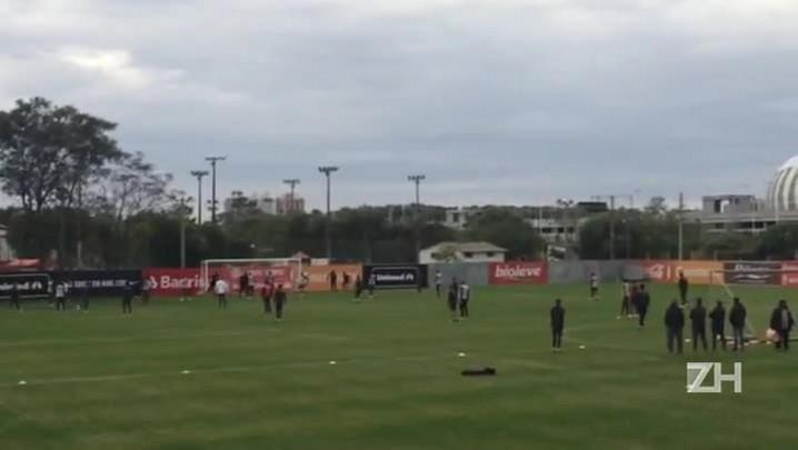 Argel finaliza treino do Inter com um recreativo