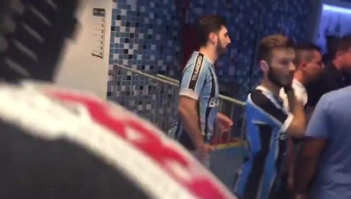 """Ramiro comemora título e lembra Chapecoense: \""""Feliz em um momento um pouco difícil\"""""""