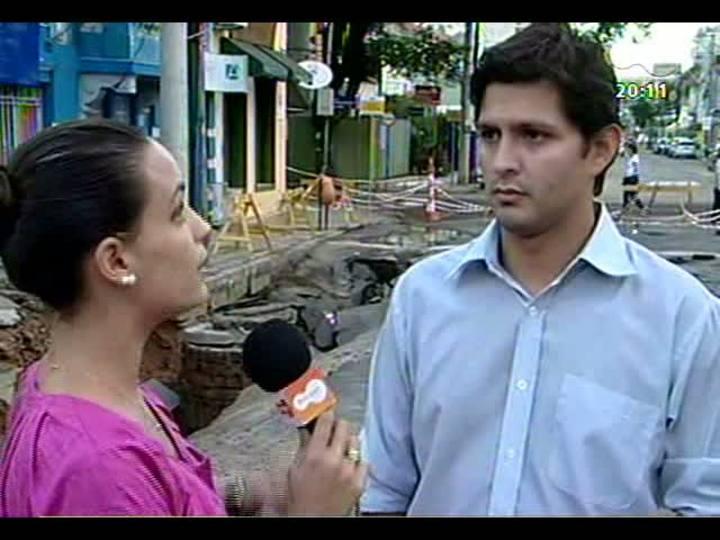 TVCOM 20 Horas - Explicações e providências do dia seguinte à chuvarada - Bloco 2 - 21/02/2013
