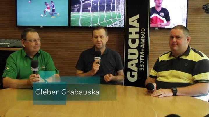 Academia Gaúcha: Laranja é a cor da bola no Gauchão