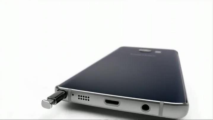 Samsung apresenta dois novos smartphones