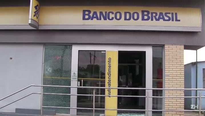 Policiais e ladrões de banco entram em confronto em Arroio dos Ratos