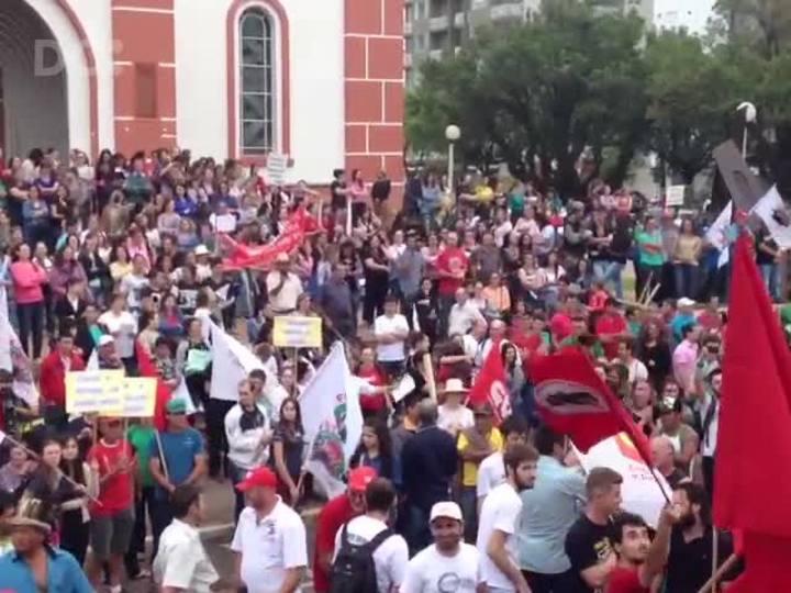 Dia de greve nacional tem mobilização no Oeste de Santa Catarina