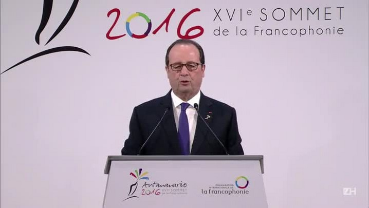 Hollande lamenta morte de Fidel