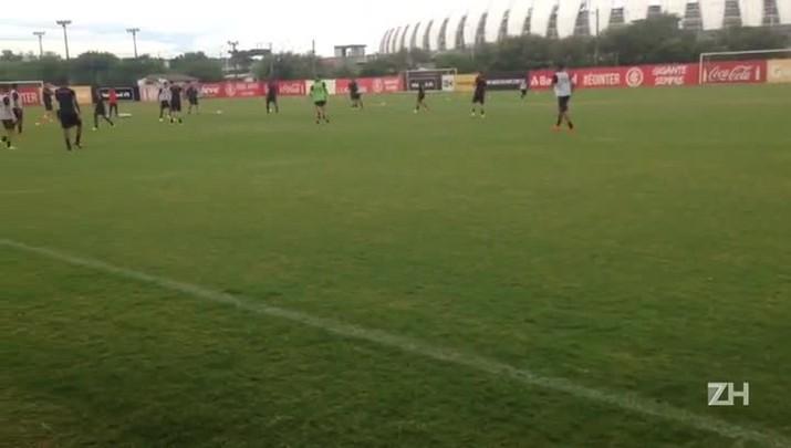Sem definir time para estreia da Copa do Brasil, Zago comanda treino nesta segunda