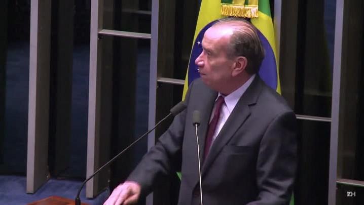 Aloysio Nunes vai substituir Serra no Itamaraty