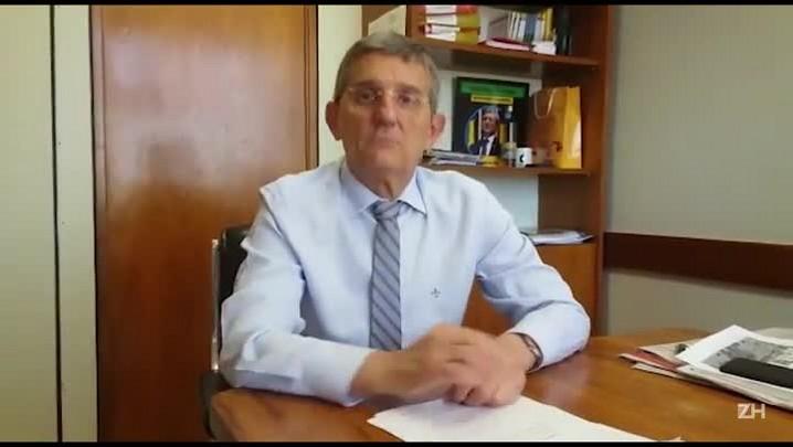 Deputado Darcisio Perondi entrega petição na Justiça por lista de presença de Marcello Miller na PGR