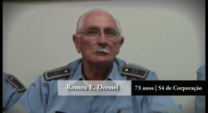 Histórias de quem ama ser bombeiro voluntário em Joinville