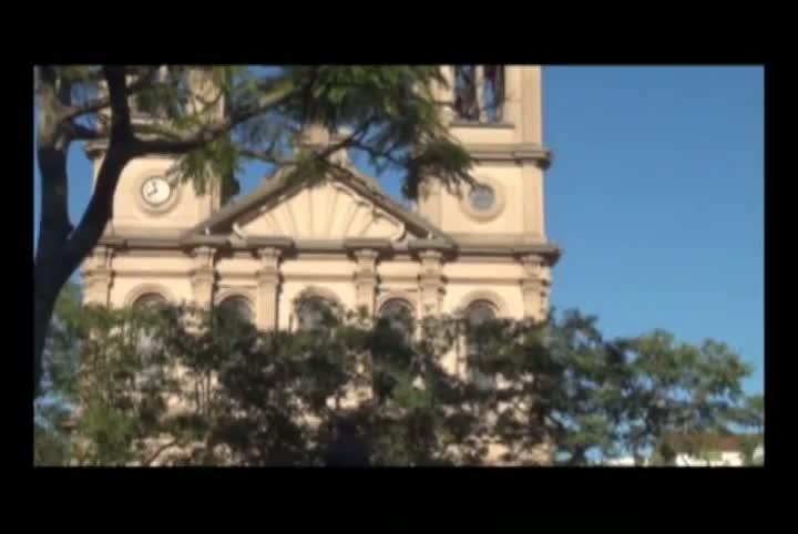 Minuto de barulho em frente à Catedral Metropolitana