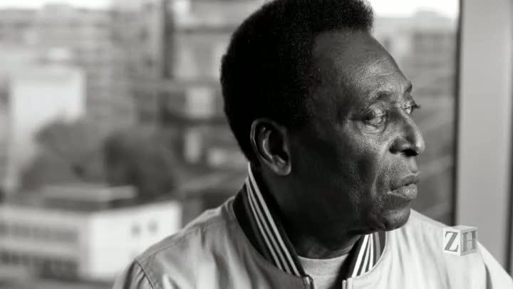 Pelé concede entrevista à Farsul
