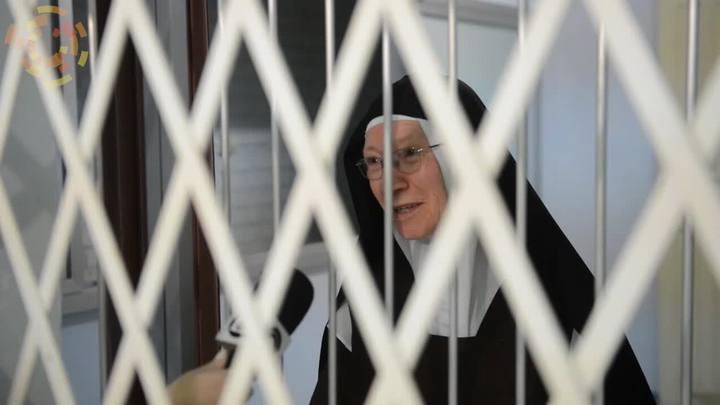 A vida na clausura - Irmãs Carmelitas