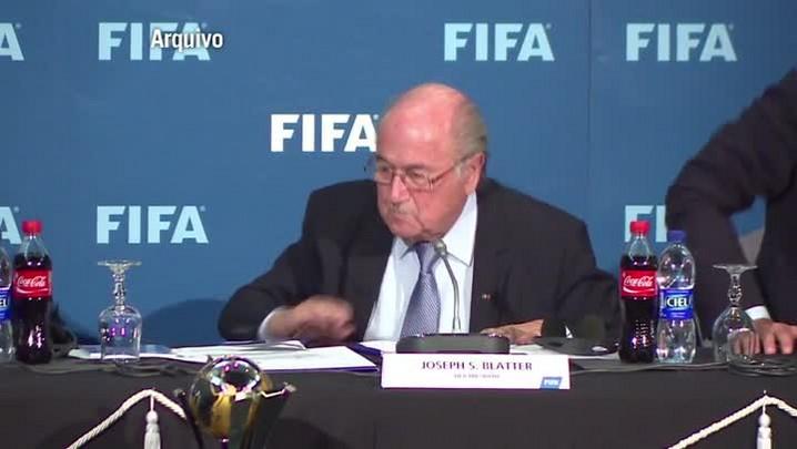 Putin diz que EUA querem impedir reeleição de Blatter