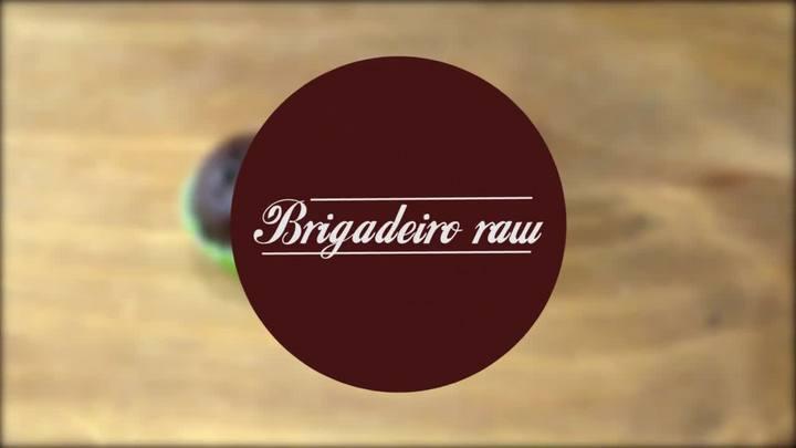 Aprenda a fazer brigadeiro raw