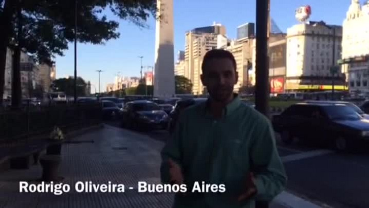 Com mistérios na escalação, Brasil enfrenta a Argentina em Buenos Aires.