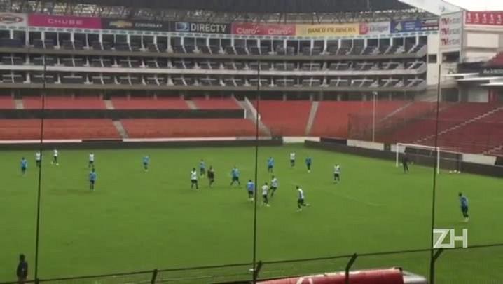 Grêmio faz último treino em Quito antes de enfrentar a LDU