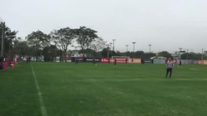 Inter treina para enfrentar o Flamengo