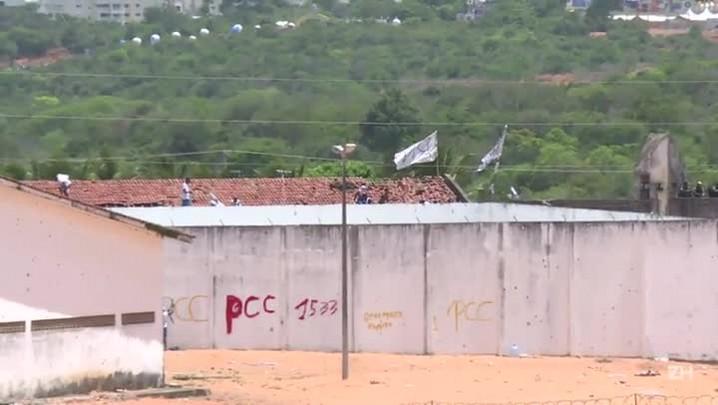 Polícia dispara balas de borracha em presídio de Natal