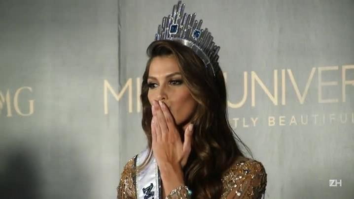Francesa vence o concurso Miss Universo