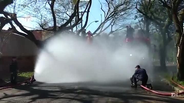 Formatura de bombeiros militares
