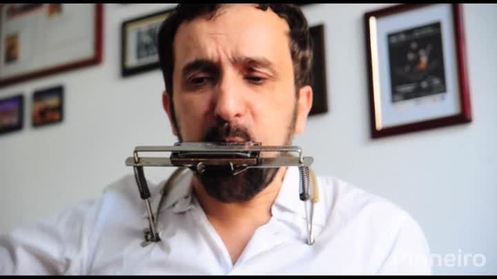 Ricardo Biga lança seu primeiro CD solo, Simple