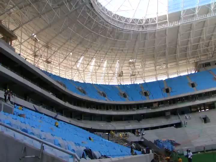 Entrando em campo na Arena do Grêmio
