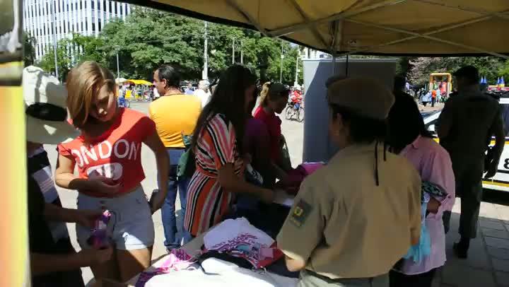 BM promove brechó para ajudar soldado ferido na confusão do tatu bola em Porto Alegre
