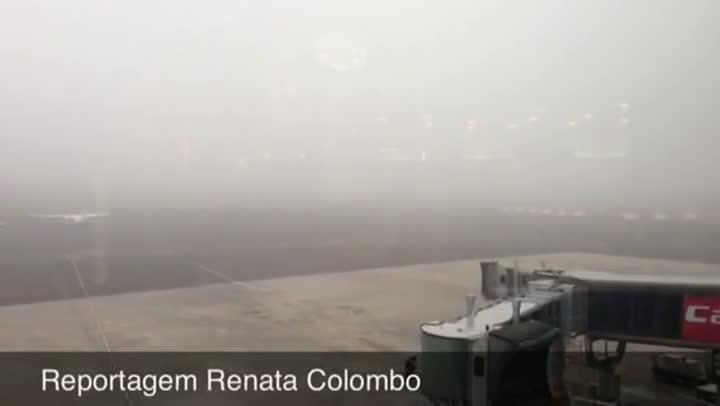 Neblina fecha Aeroporto Salgado Filho em Porto Alegre. 11/06/2013