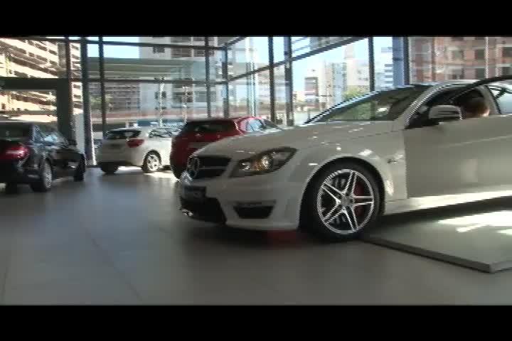 Carros e Motos - Conheça melhor a Mercedes C 63 AMG e confira o comentário de Gilberto Leal - Bloco 3 - 10/11/2013