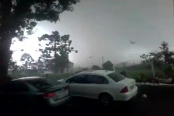 Tornado em Xanxerê: leitor registra momento em que fenômeno atinge cidade